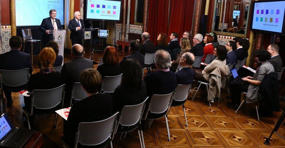 El Alcalde de Bilbao, Juan Mari Aburto, presenta Bilbao Balioen Hiria