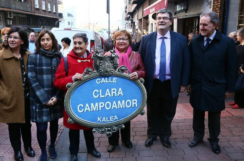 El Ayuntamiento de Bilbao dedica una calle a la pionera feminista Clara Campoamor en Zorrotza