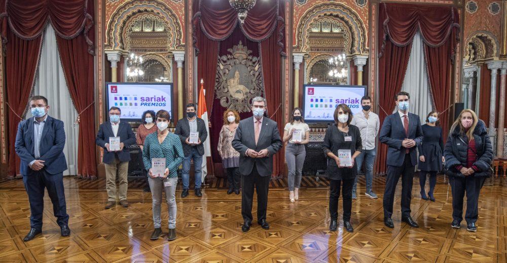 """LOS PREMIOS """"BILBAO BALIOEN HIRIA"""" RECONOCEN UN PROYECTO DEPORTIVO, UN FESTIVAL ESCOLAR DE ARTES ESCÉNICAS Y UN ENCUENTRO DE JÓVENES EMPRENDEDORES"""